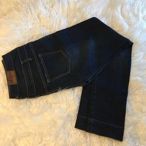 👀Alloy-S&P 3 Button High Waited Skinny Jean